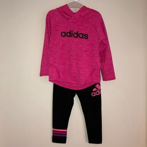 EUC!!! Adidas 18mth girl long set